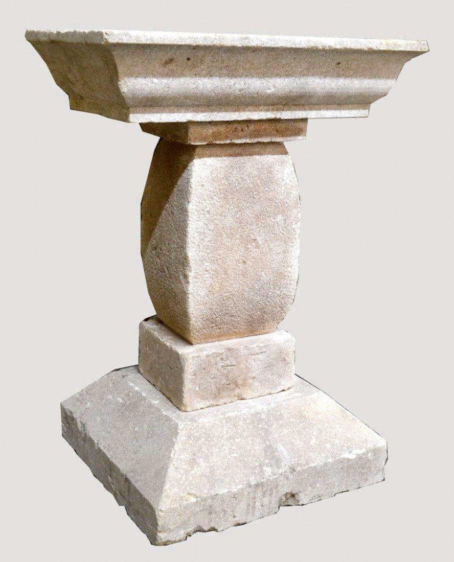 217: SCULPTED LIMESTONE PEDISTAL, STUART SIMPSON, TEXAS