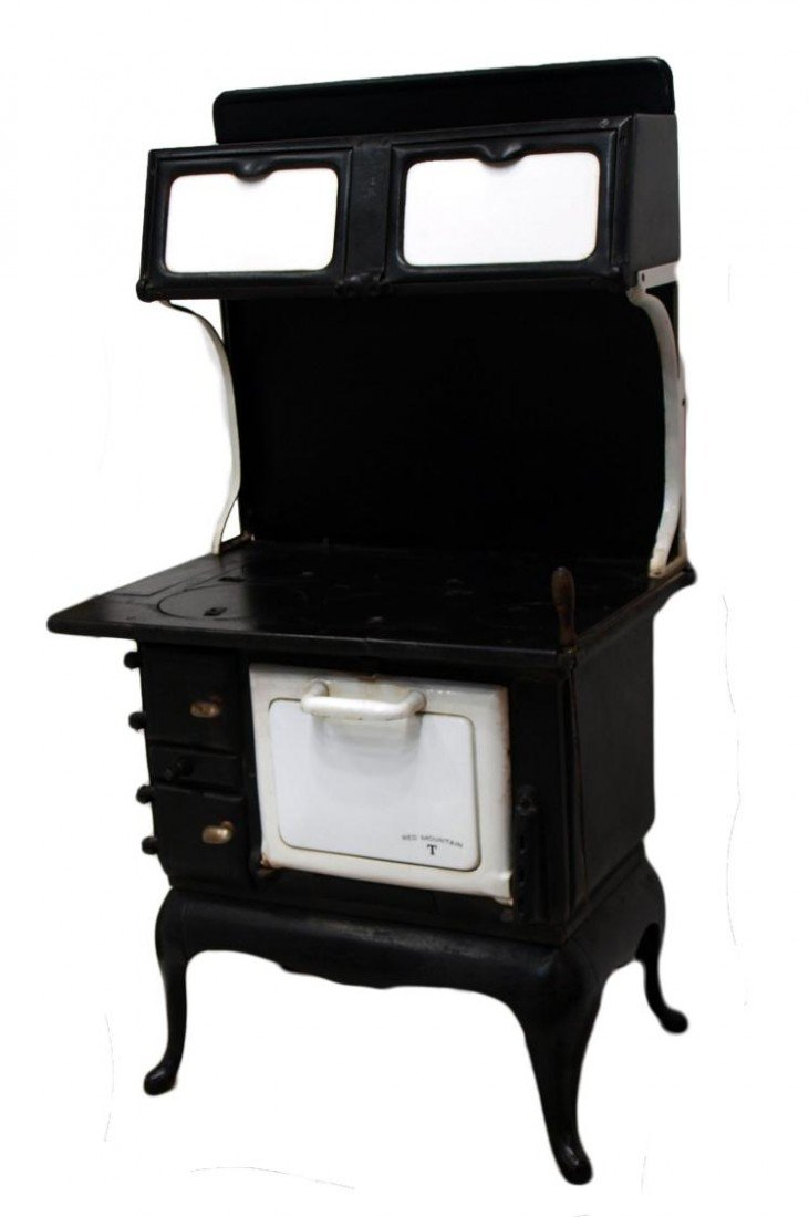 296: RED MOUNTAIN CAST IRON WOOD COOK STOVE - RED MOUNTAIN CAST IRON WOOD COOK STOVE