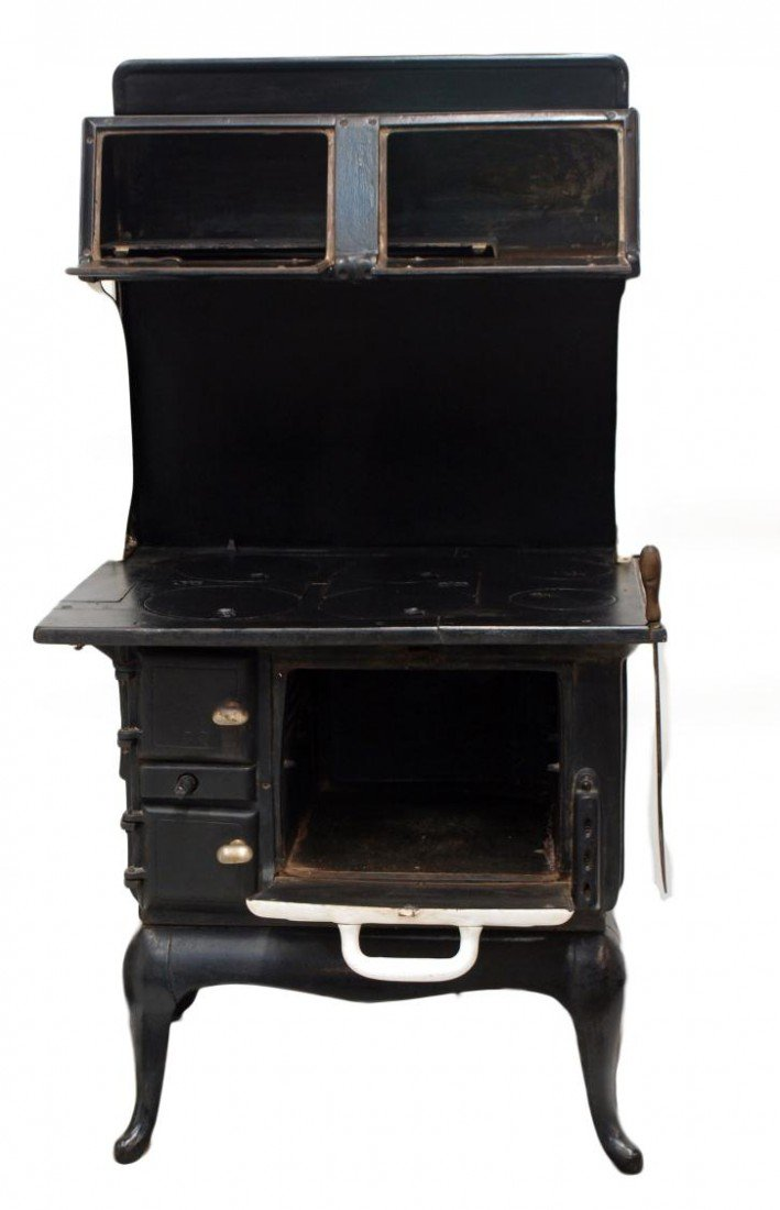 296: RED MOUNTAIN CAST IRON WOOD COOK STOVE - 2