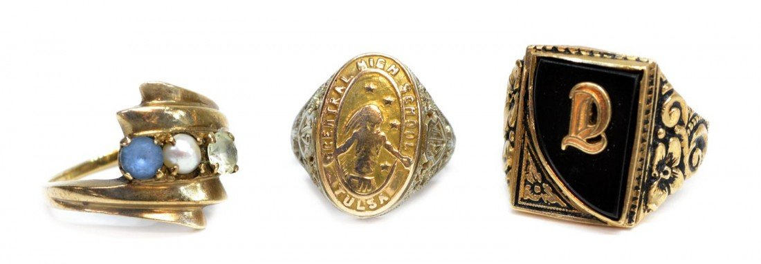 385: (3) VINTAGE 10KT GOLD RINGS, 1930 TULSA CLASS RING
