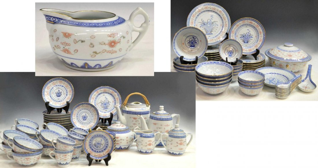 63: (103)CHINESE PORCELAIN RICE PATTERN DINNER SERVICE