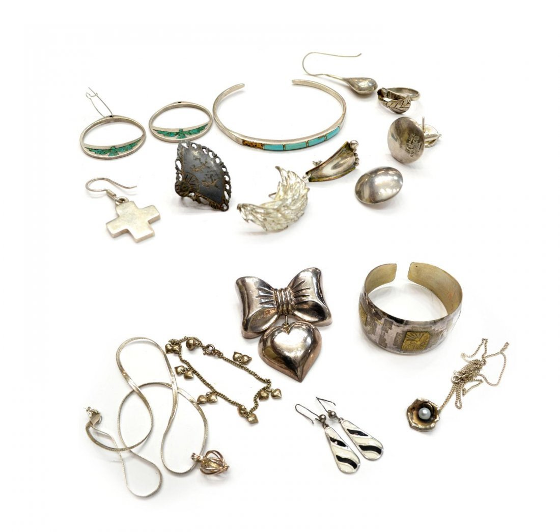 80: GROUP OF VINTAGE STERLING SILVER JEWELRY