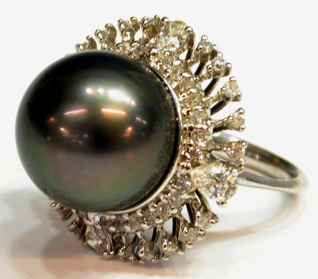 580: LADIES TAHITIAN CULTURED PEARL AND DIAMOND RING