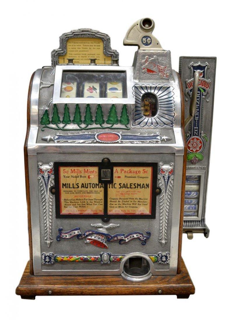 104: VINTAGE MILLS 'AUTOMATIC SALESMAN' SLOT MACHINE - 2