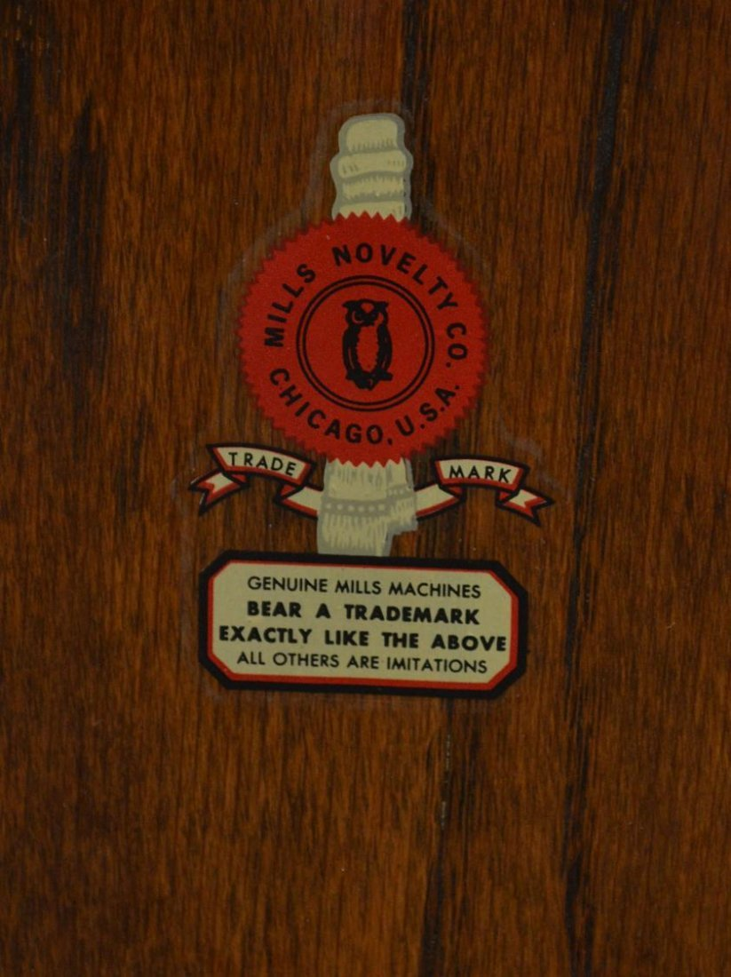 104: VINTAGE MILLS 'AUTOMATIC SALESMAN' SLOT MACHINE - 8