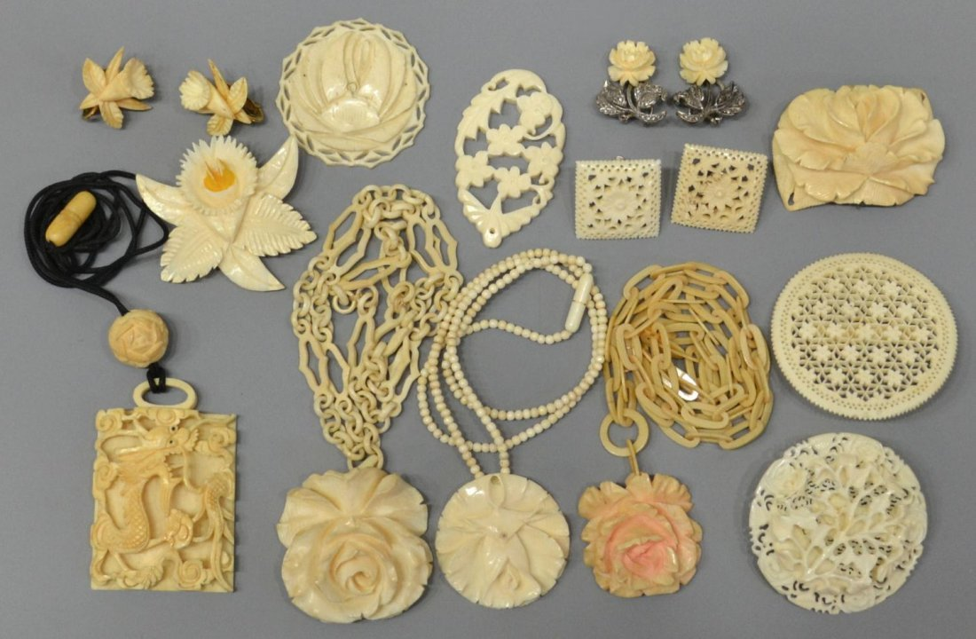 412: (16) CHINESE CARVED IVORY & BONE JEWELRY GROUP
