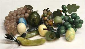 751: COLLECTION CHINESE CARVED HARDSTONE FRUITS & EGGS