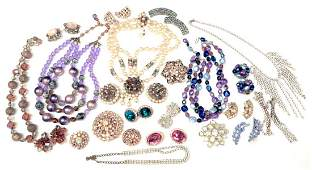 VINTAGE COSTUME JEWELRY STYLE OF MIRIAM HASKELL