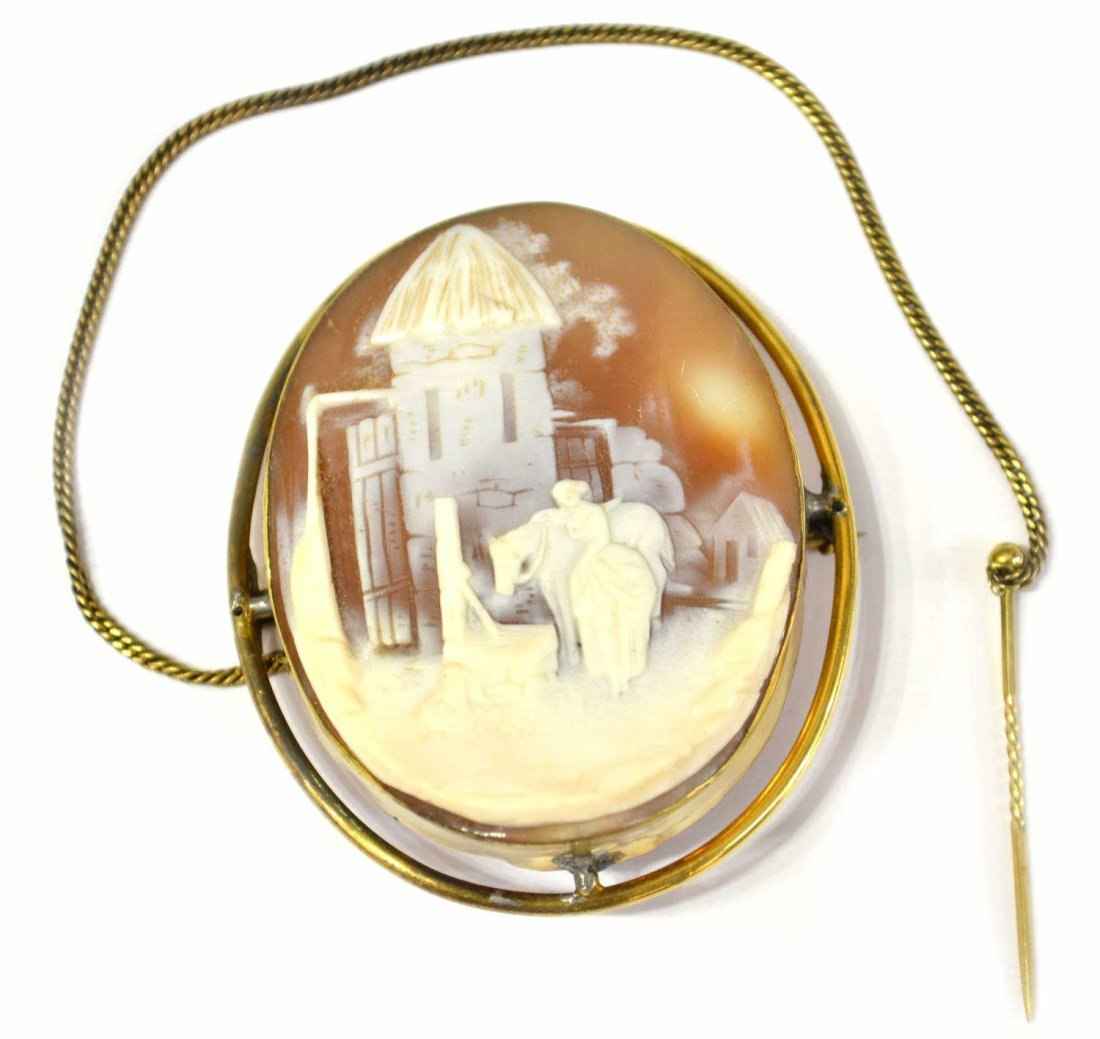 VICTORIAN 18KT SCENIC CARVED CAMEO SHELL BROOCH