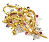 VINTAGE 14KT GOLD DIAMOND  RUBY ESTATE BROOCH