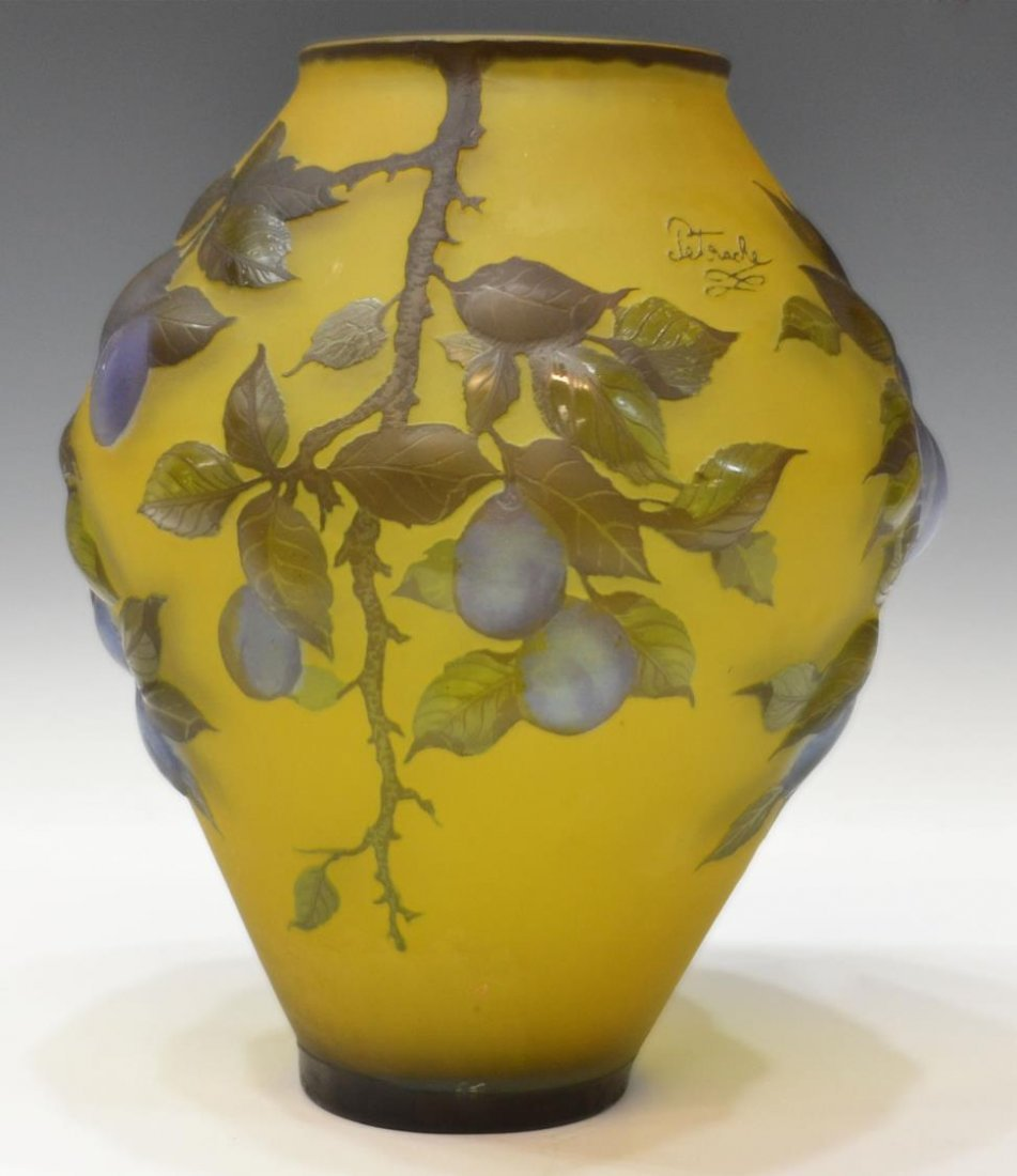 LARGE CAMEO CUT ART GLASS VASE, SIGNED PETRACHE - 2