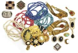 (LOT) VICTORIAN & VINTAGE ESTATE JEWELRY GROUP