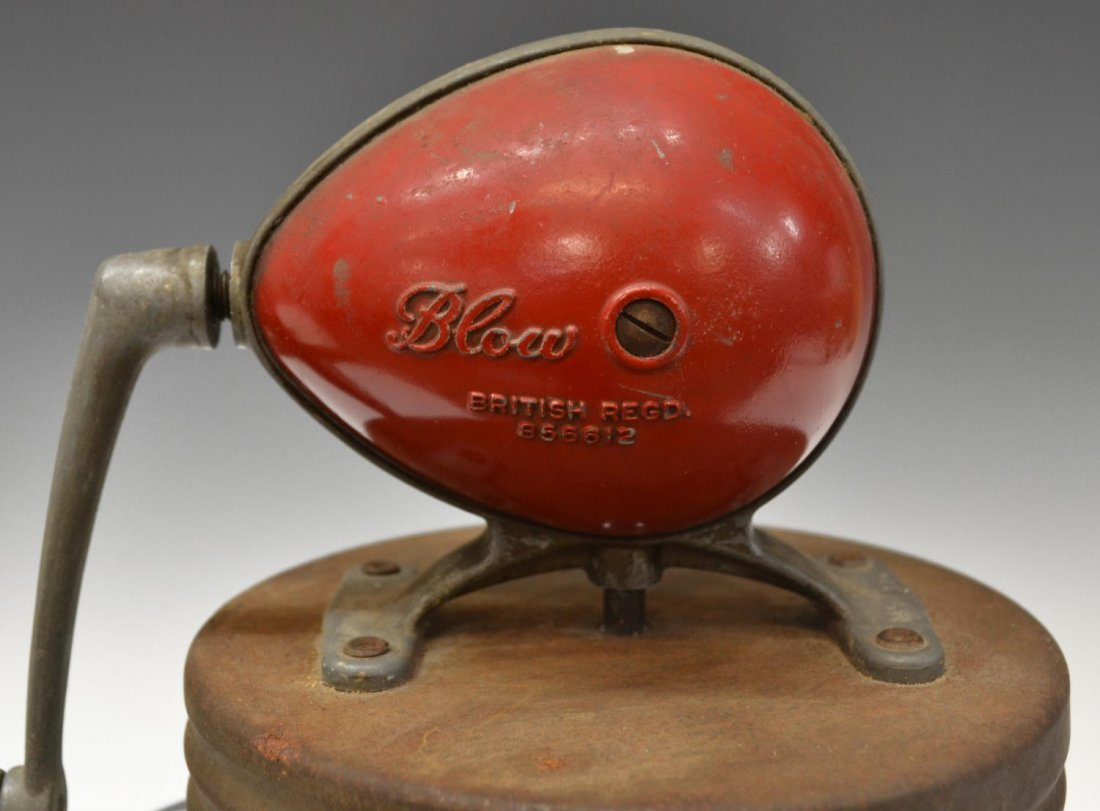 VINTAGE 'THE BRITISH BLOW CHURN CO' BUTTER CHURN - 3