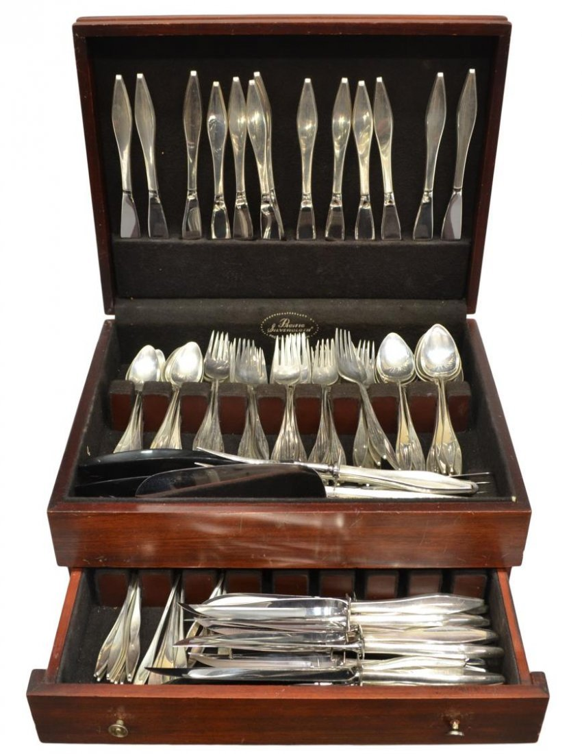 (174) REED & BARTON 'LARK' STERLING FLATWARE SET - 2
