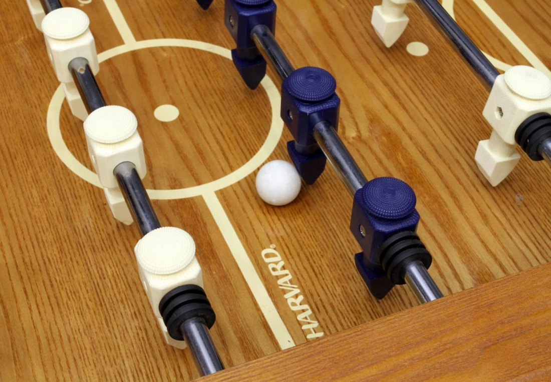 HARVARD FOOSBALL TABLE SOCCER GAME - 6