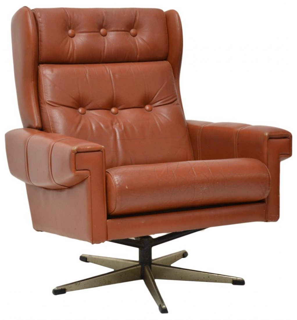 DANISH MODERN SWIVEL LEATHER ARM CHAIR