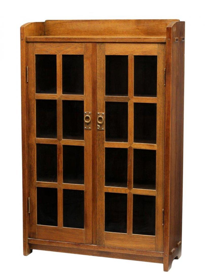 GUSTAV STICKLEY #542 DOUBLE DOOR BOOKCASE