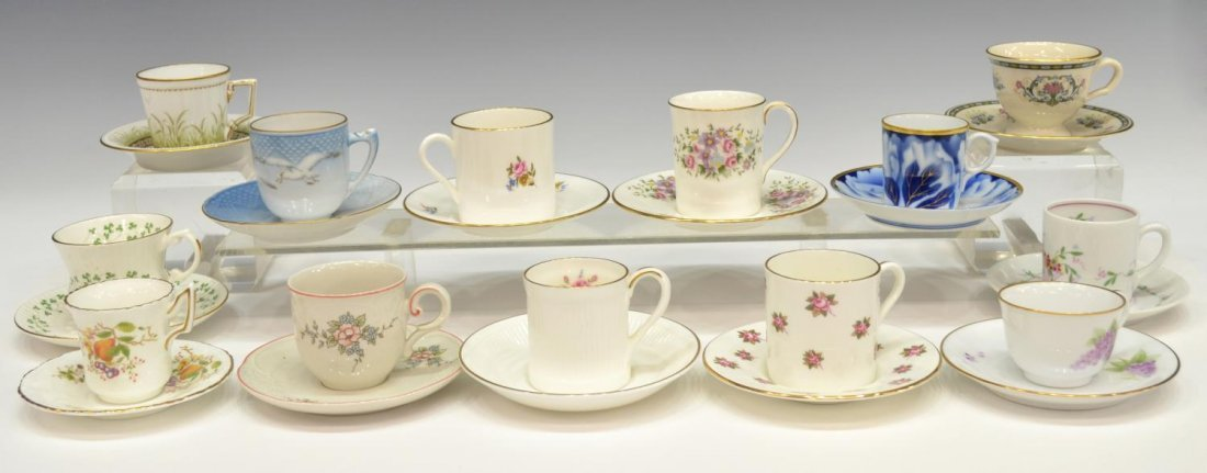 DANBURY MINT CUPS AND SAUCERS OF THE WORLD