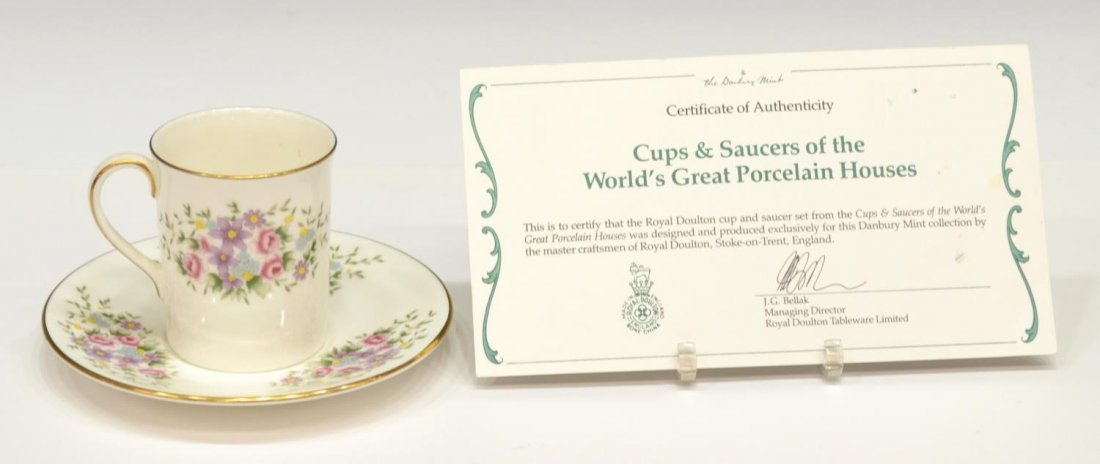 DANBURY MINT CUPS AND SAUCERS OF THE WORLD - 4