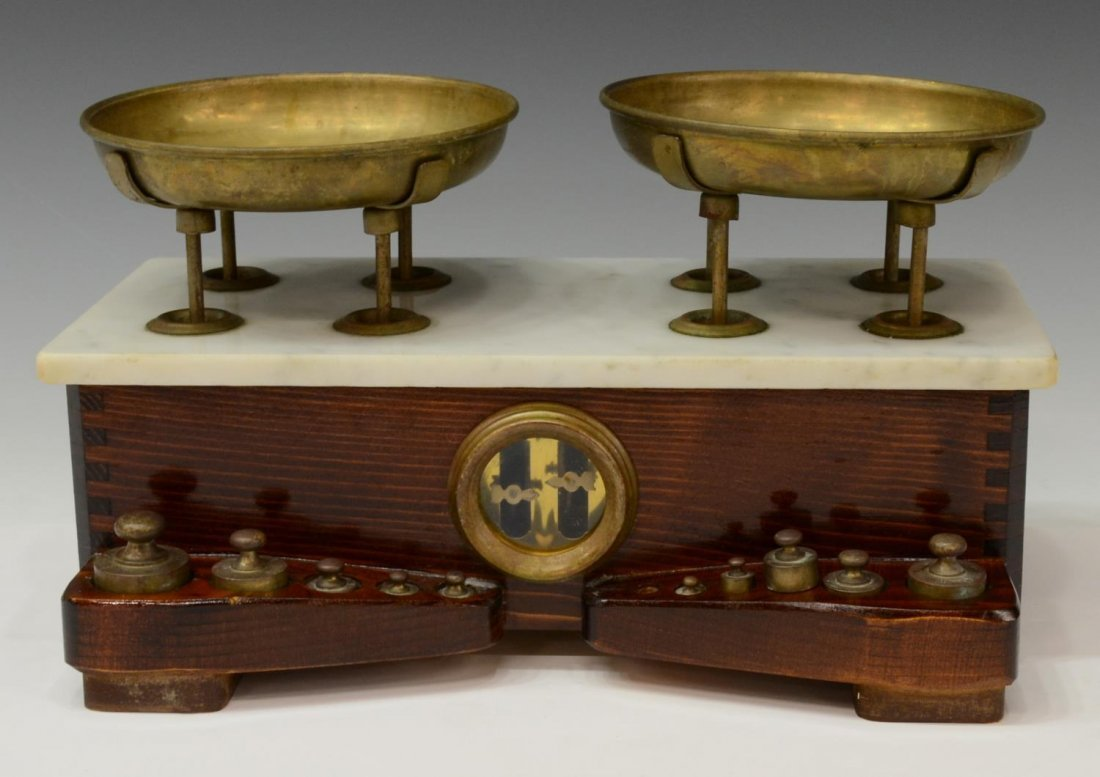 ANTIQUE CONTINENTAL BALANCE SCALE WITH WEIGHTS