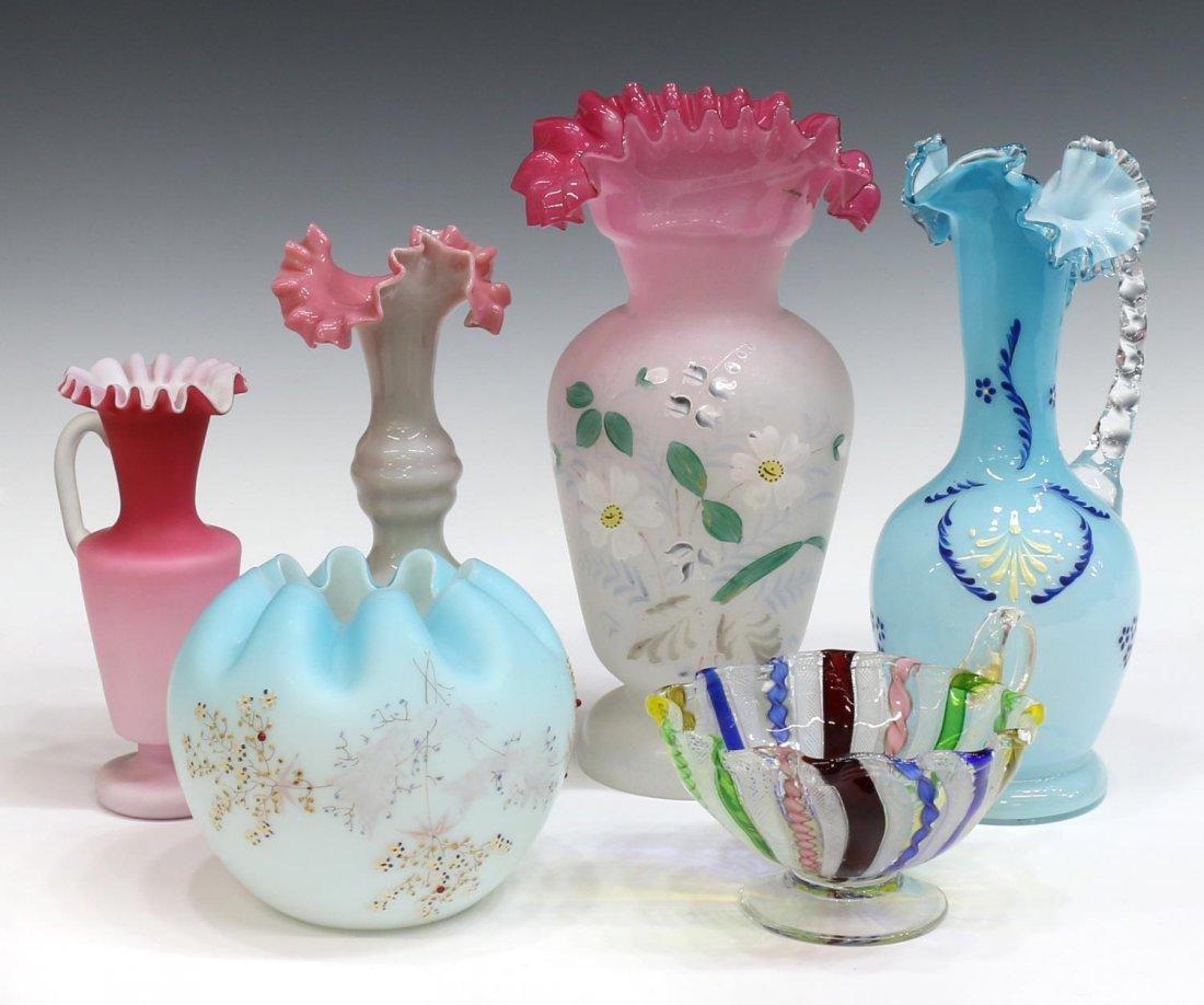 (6) VICTORIAN & VINTAGE ART GLASS VASES & EWERS