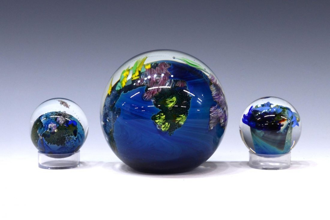 (3) JOSH SIMPSON ART GLASS PLANET PAPERWEIGHTS