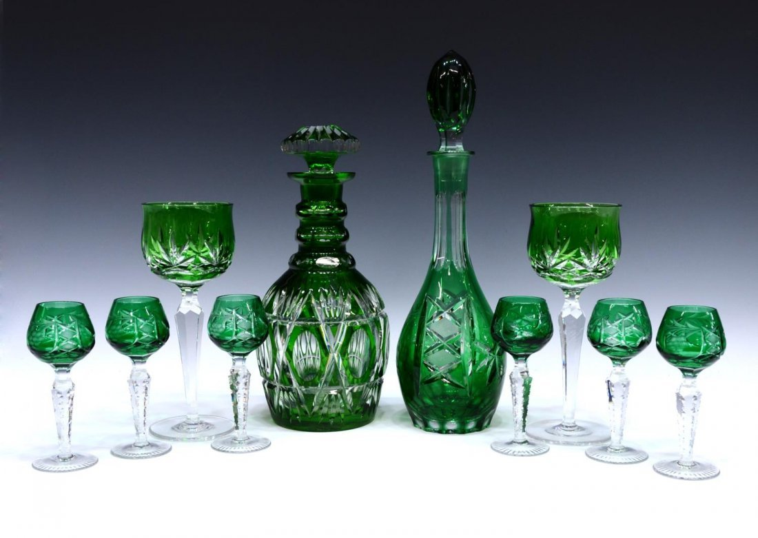 (10) GROUP GREEN CUT TO CLEAR DRINK & STEMWARE