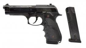 Beretta Model 96d Pistol, .40 Caliber