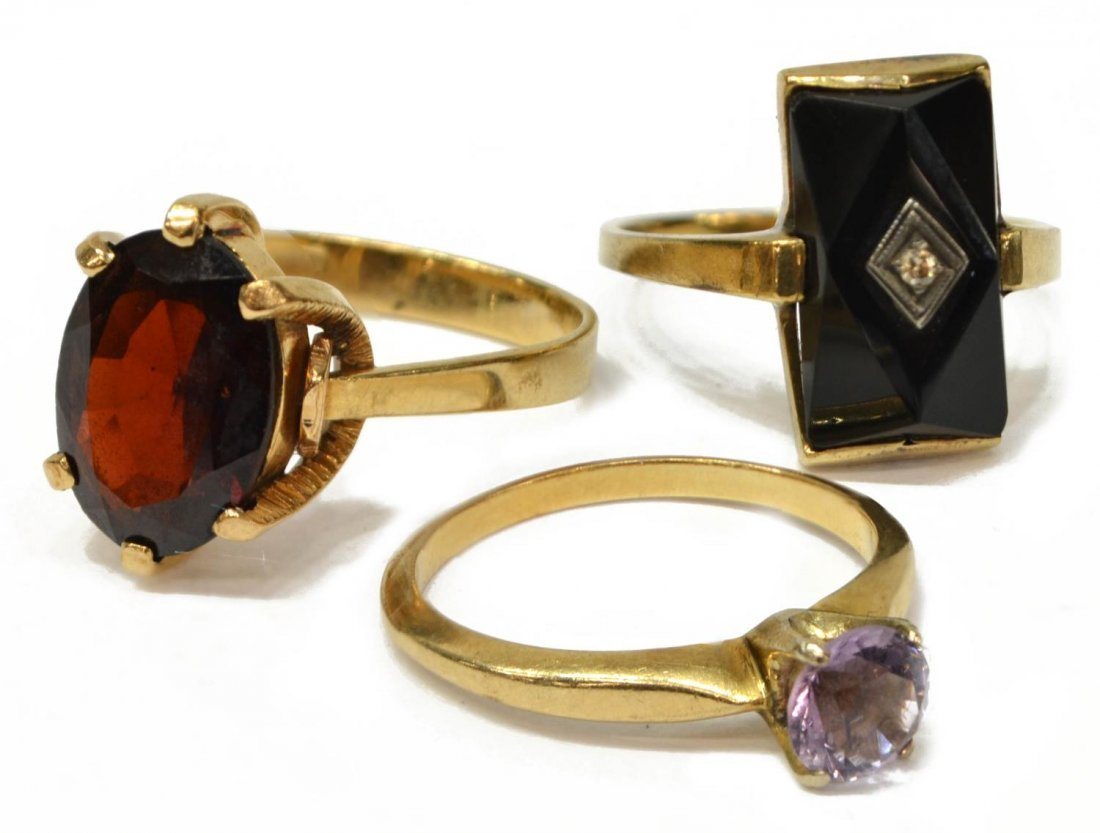 (3) GROUP OF LADIES GOLD AND GEMSTONE RINGS