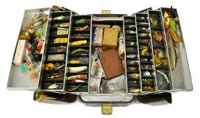 VINTAGE FISHING TACKLE BOX, MANY LURES & EQUIPMENT