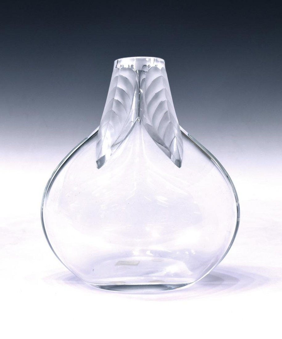 LALIQUE FROSTED & CLEAR ART CRYSTAL OSUMI VASE