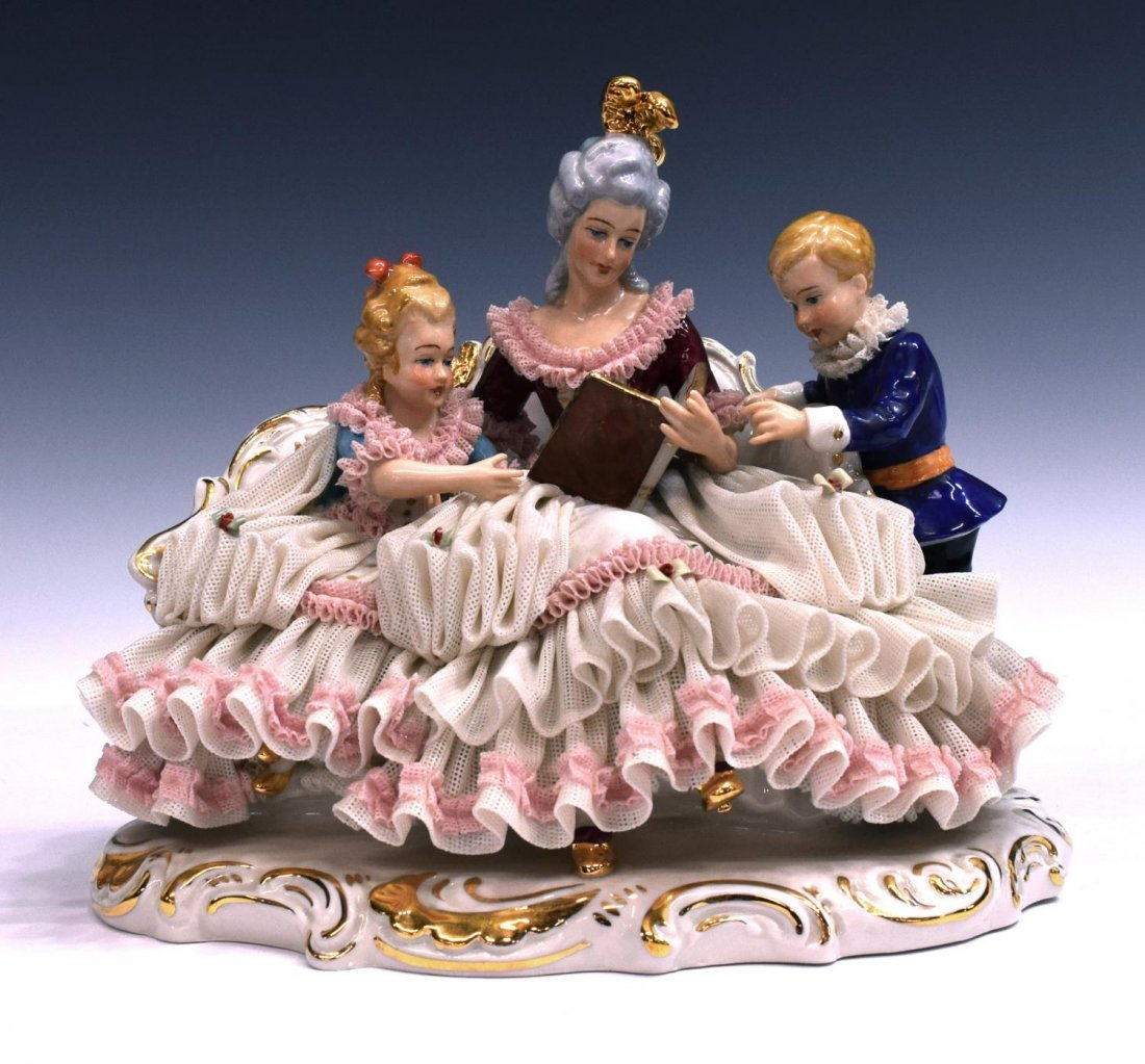 DRESDEN LACE PORCELAIN FIGURAL GROUP