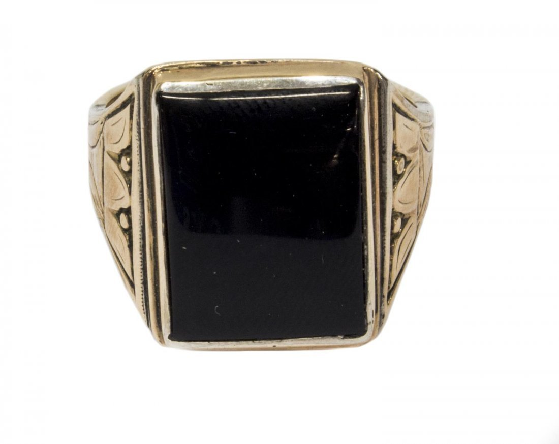 GENTS ESTATE 10KT TWO TONE GOLD & ONYX RING