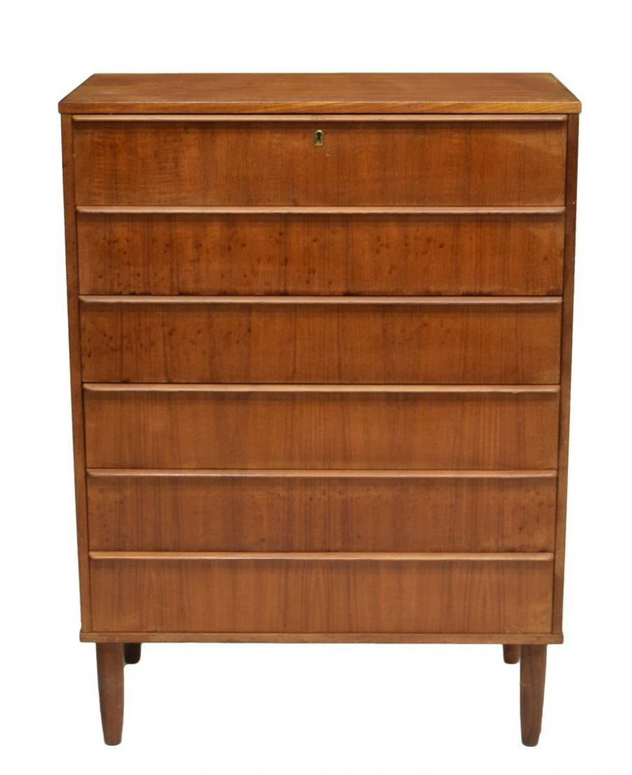 DANISH MID-CENTURY MODERN TEAK CHEST OF DRAWERS