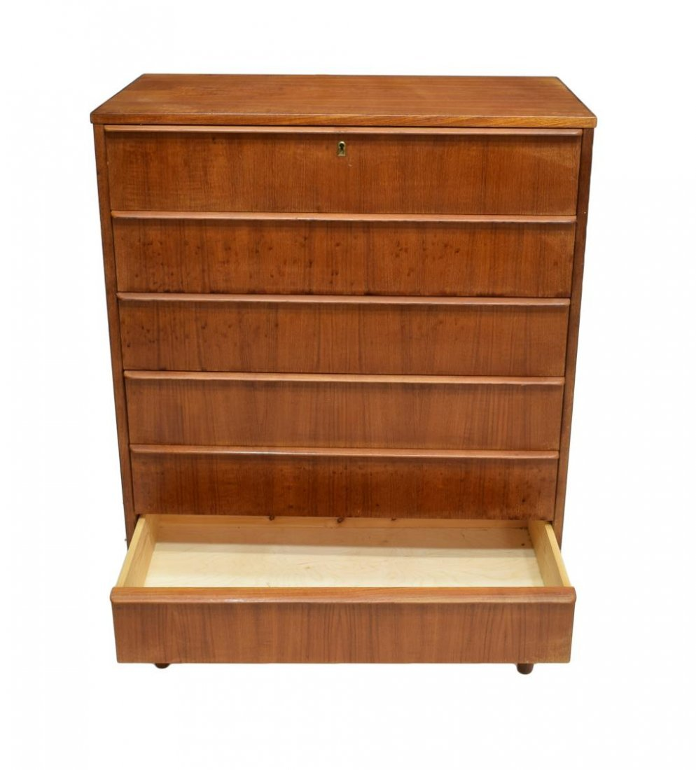 DANISH MID-CENTURY MODERN TEAK CHEST OF DRAWERS - 3