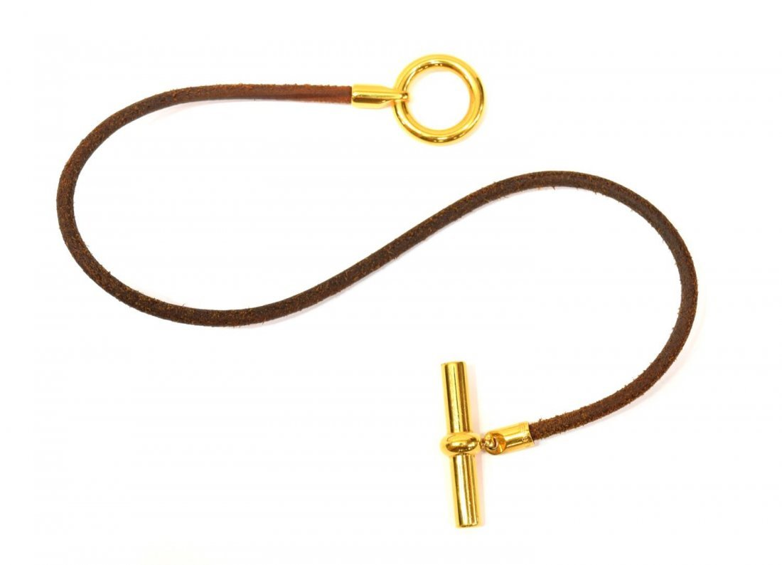 HERMES TOGGLE LOCK GILT METAL & LEATHER BRACELET - 2