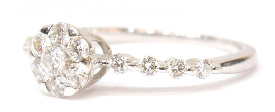 LADIES 18KT GOLD & DIAMOND FLORAL RING - 3