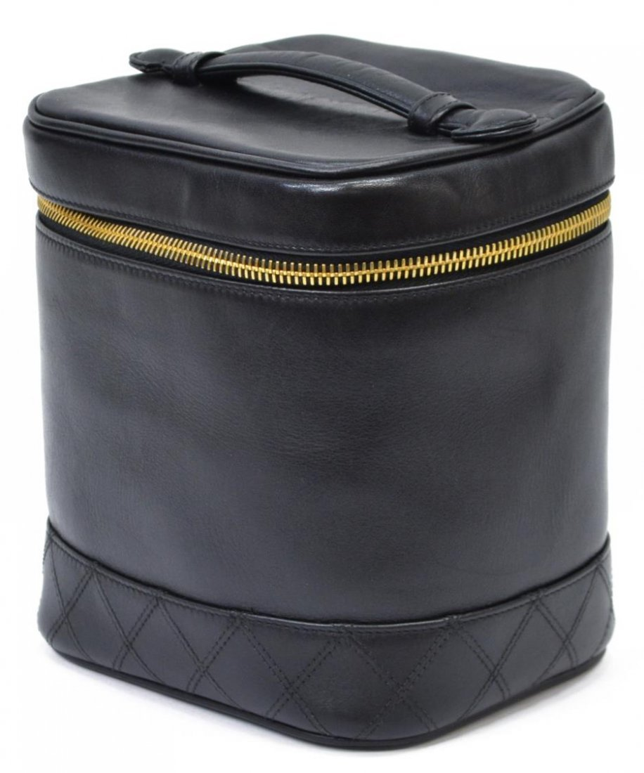 CHANEL LAMBSKIN QUILTED LEATHER COSMETIC BAG