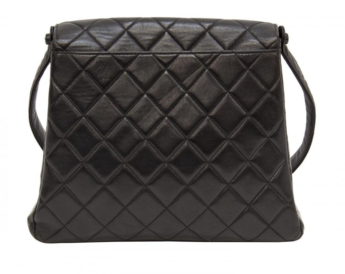 CHANEL QUILTED BLK LEATHER FLAP FRONT SHOULDER BAG - 2