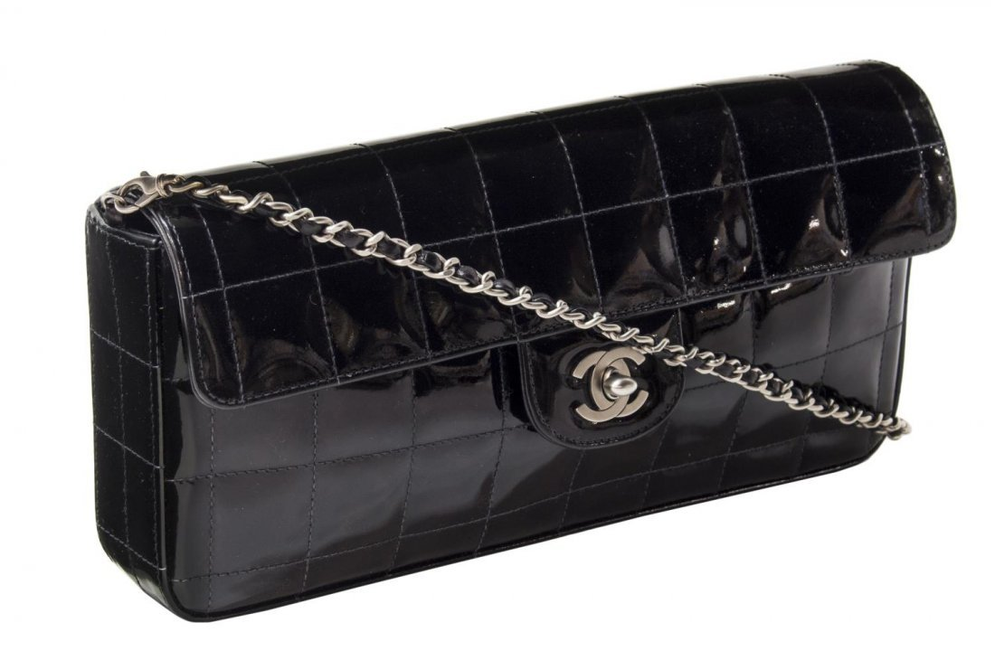 CHANEL QUILTED BLACK PATENT LEATHER EAST/WEST BAG