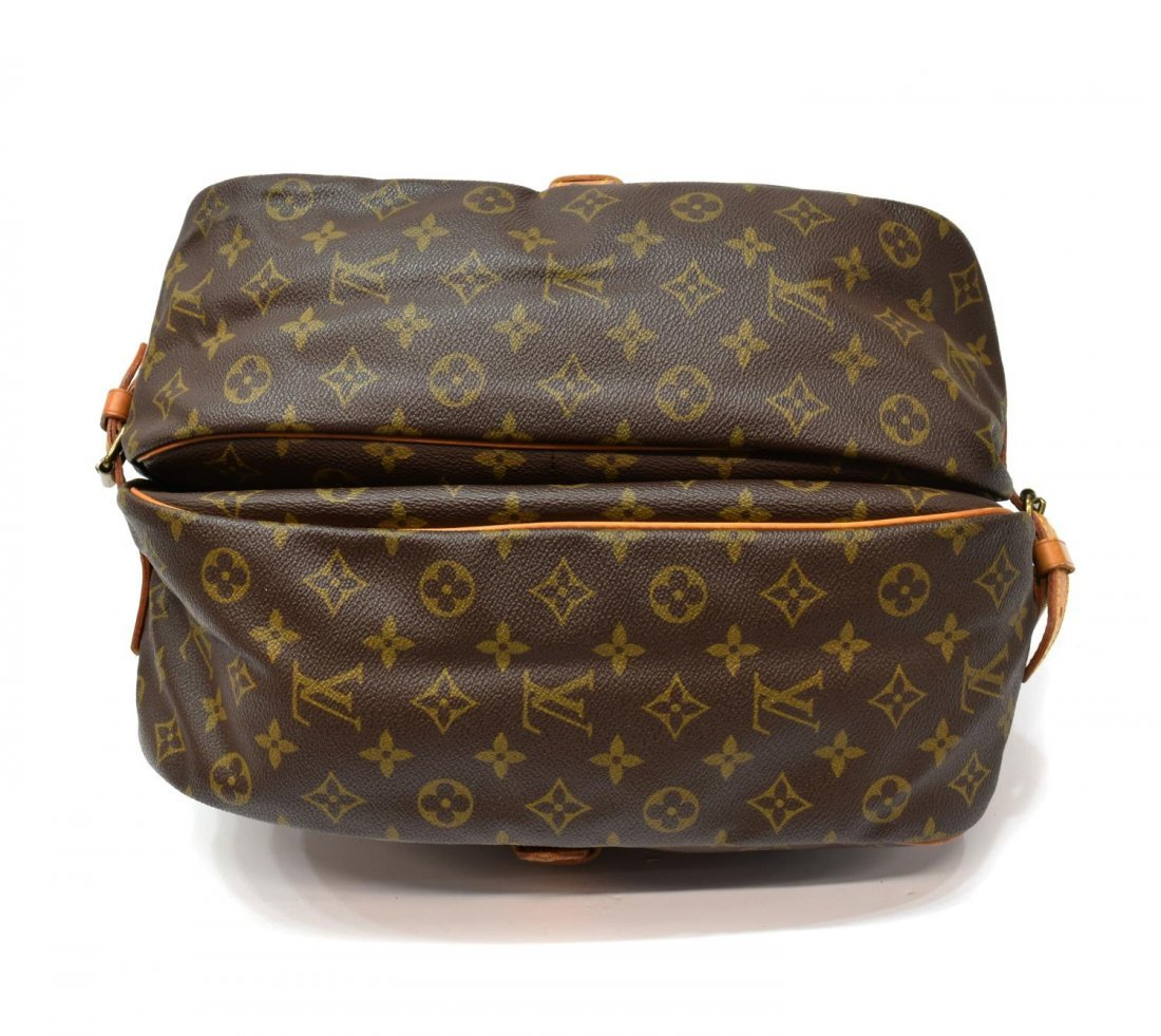 LOUIS VUITTON 'SAUMUR 35' MONGRAM CANVAS MESSENGER - 3