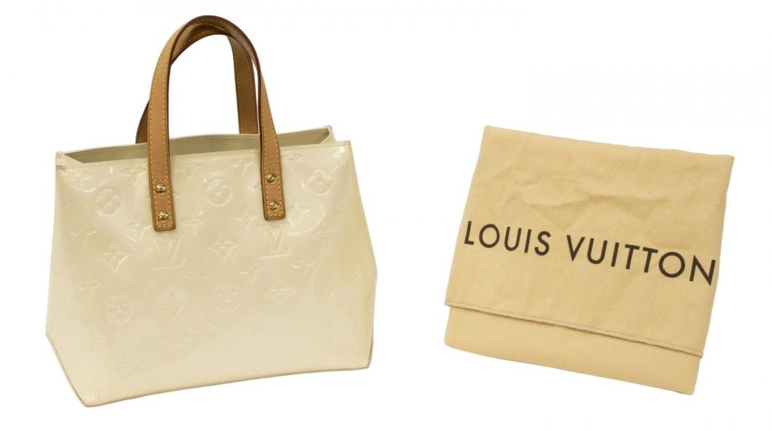 LOUIS VUITTON VERNIS 'READE PM' HANDBAG
