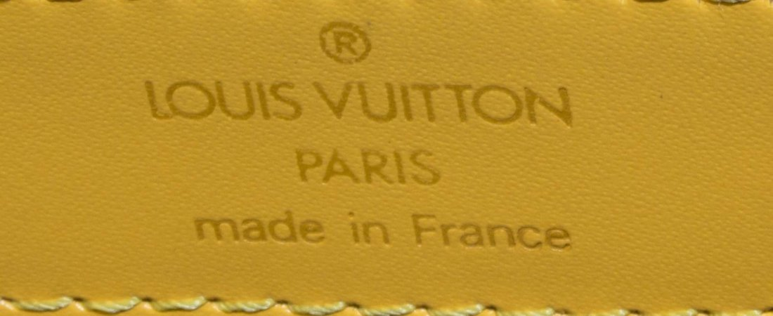 LOUIS VUITTON 'ST JACQUES' EPI LEATHER SHOULDERBAG - 6