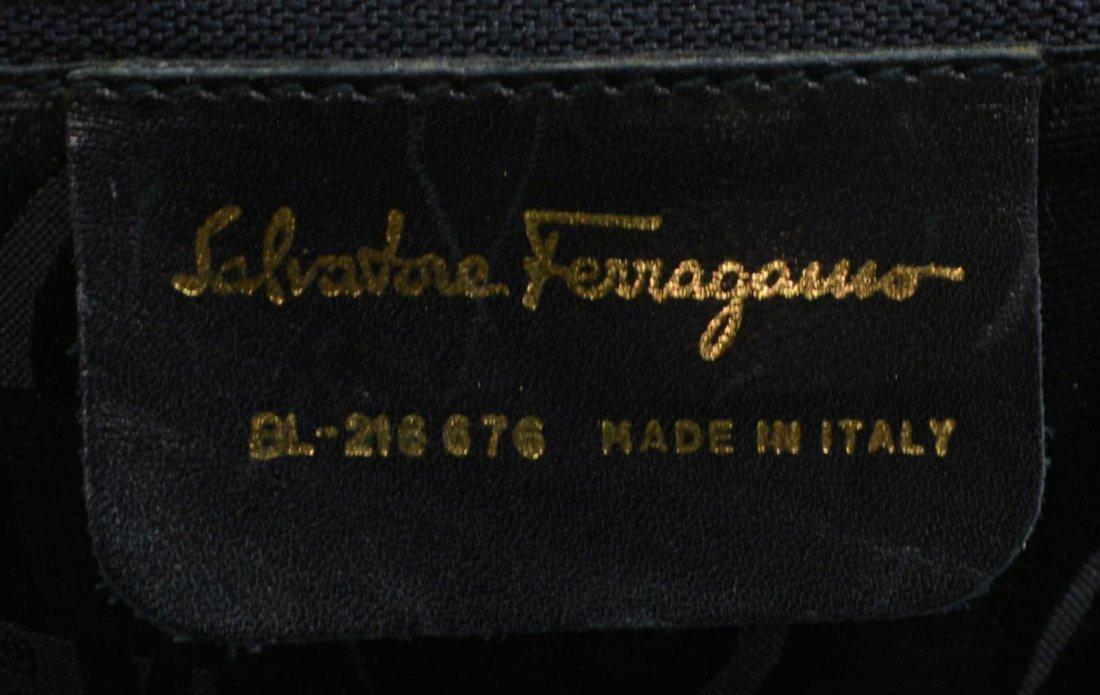 SALVATORE FERRAGAMO BLACK LEATHER SHOULDER BAG - 5