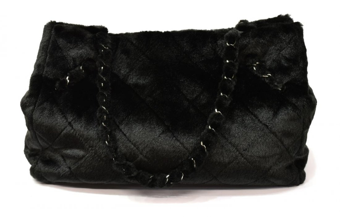 CHANEL QUILTED FAUX FUR TOTE BAG - 3