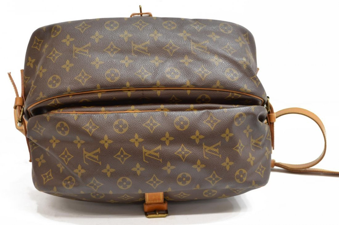 LOUIS VUITTON SAUMUR 30 MONOGRAM CANVAS MESSENGER - 3