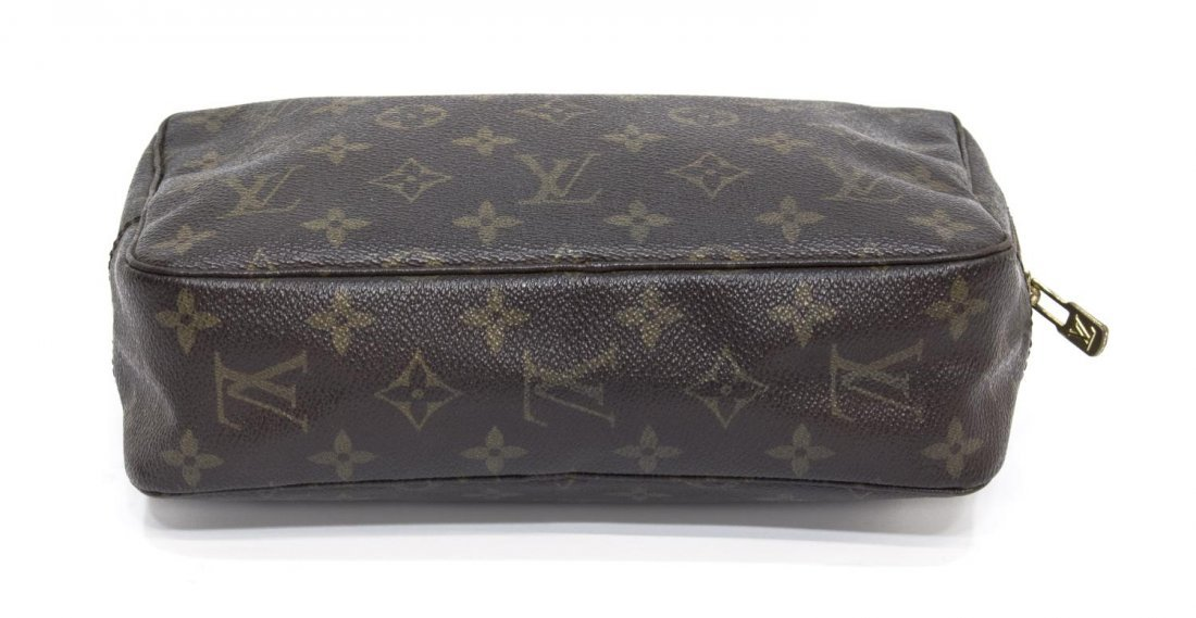 LOUIS VUITTON MONOGRAM CANVAS TOILETRY POUCH - 3