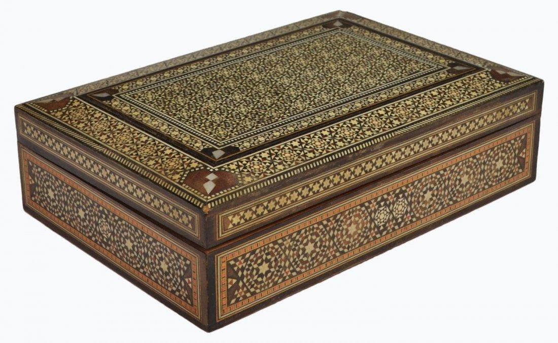 VINTAGE ARABESQUE BONE INLAID TABLE BOX