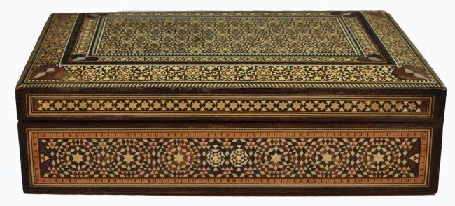 VINTAGE ARABESQUE BONE INLAID TABLE BOX - 2