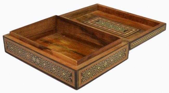 VINTAGE ARABESQUE BONE INLAID TABLE BOX - 4